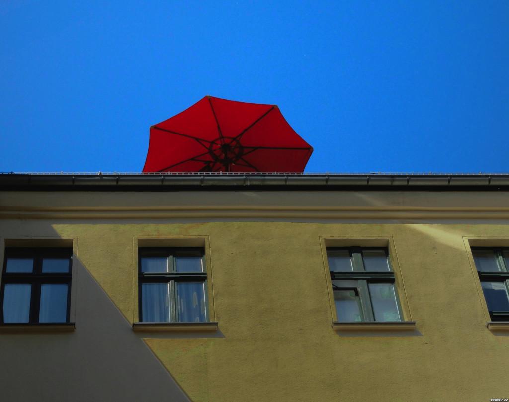 Sonneschirm in den Hackeschen Höfen, Berlin
